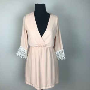 TOBI laced 3/4 sleeve tunic blush blouse S